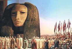 Nemrut'un heykelleri Floransa'yı büyüledi