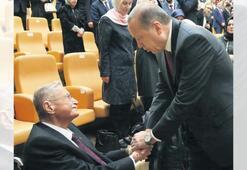 Türk siyaseti renkli ismini kaybetti 'Tank Hasan' aramızdan ayrıldı