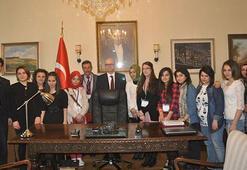 Öğrencilere yurt dışında eğitim fırsatı