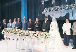 Devlet erkanı nikahta buluştu