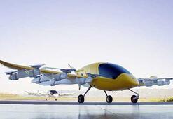 Googleın kurucusu uçan taksi Corayı tanıttı