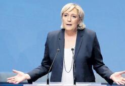 Le Pen yine lider
