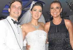 Gülben Ergenli siyasi düğün