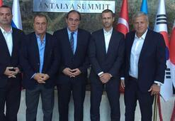 UEFAnın yeni başkanı Aleksander Ceferin oldu