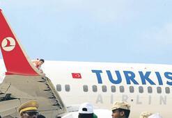 Somali uçağında panik