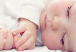 Bebeklerin uyku rutini