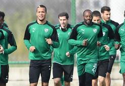 Bursaspor, Osmanlıspor maçı hazırlıklarına neşeli başladı
