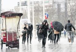 İstanbul'da dolu, yağmur ve fırtına