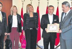 İzmir'den yardım yağdı