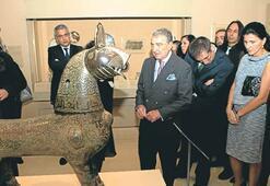 Kaçırılan tarihi eserler Türkiye'ye dönmeli mi