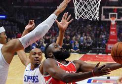 Houston Rocketsın durmaya niyeti yok