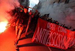 İtalyanlar faşizm ve ırkçılığa karşı yürüdü