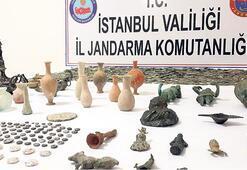 Tarihi eser kaçakçıları jandarmaya takıldı