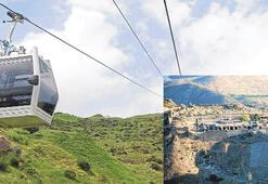 Bergama'da eziyet teleferikle bitti