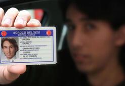 Bakan açıkladı: Ehliyet yenileme 15 liraya düştü