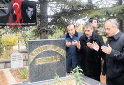 Bakan'dan Çatlı'ya 'vefa' ziyareti