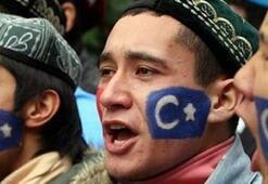 Çin hükümeti 10 milyon Uygurdan istedi: Pasaportlarınızı getirin