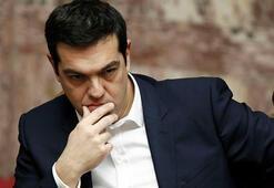 Yunanistanın Noel ikramiyesi kararı alacaklıları kızdırdı