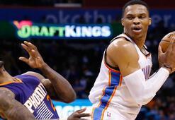 Russel Westbrook, NBA tarihinde  50 triple double yapan 6ncı isim oldu