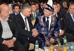 Sedat Pekere Dünya Türklüğü Hakanı unvanı verildi