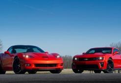 Chevrolet Camaro ve Corvette zirvede