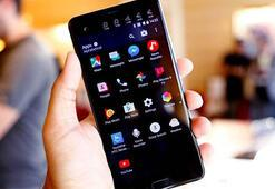Çift ekranlı HTC U Ultra tanıtıldı