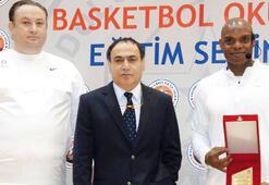 Anadolu Efes'ten antrenör semineri