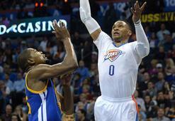 Eski dostlar karşılaştı Kazanan Kevin Durant oldu...