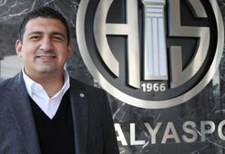 Ali Şafak Öztürke tribünde saldırı