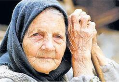 Yaşlılar yalnız ölüyor
