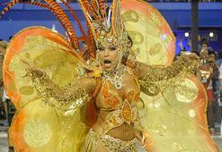 Rio Karnavalının renkleri canlı yayınla evinizde