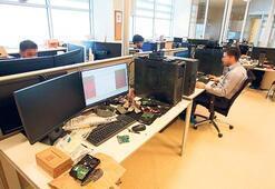 15 Temmuz'a ait  800 bin dijital  veri inceleniyor