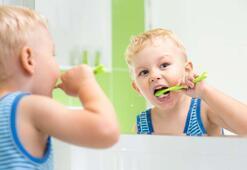 Çocuklar için ev yapımı diş macunu