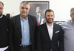 Okan Buruk Akhisar Belediyesporla imzaladı