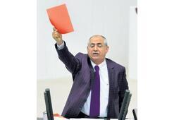 Bütçeye kırmızı kart