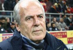 Mustafa Denizli hat sich verabschiedet