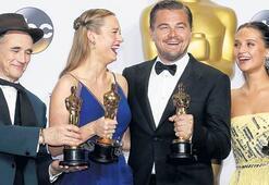Der Preis für den besten Film geht an den investigativenJournalismus