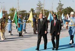 Erdoğan Farmajoyu resmi törenle karşıladı.