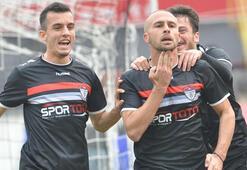 Perovic ve Mikic de kaçtı