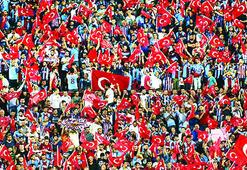 Trabzonspordan bayraklı tepki