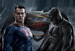 """""""Batman v Superman: Adaletin Şafağı"""" rekora koşuyor"""