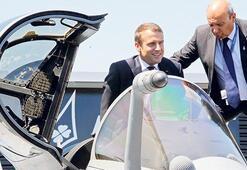 Macron için şimdi sıra uçuşa geçmekte