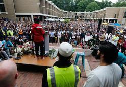 ABDde katledilen Müslüman genç kız için binlerce kişi toplandı