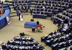 Avrupa  Kohl'u uğurladı