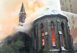 Tarihi  kilise alev  alev