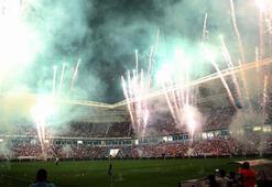 Trabzonsporda 50. kuruluş yıl dönümü kutlandı