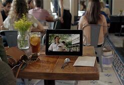 Netflix kullanıcılarını analiz ederek her birine kişiselleştirilmiş önerilerde bulunuyor