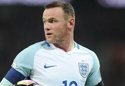 Rooney, İngiltere Milli Takımını bıraktığını açıkladı