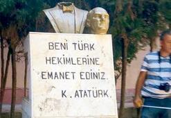 Atatürk büstüne  bir saldırı daha