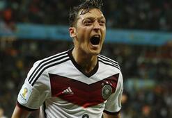 Mesut Özil, Euro2016 öncesi Almanyayı favori gösterdi